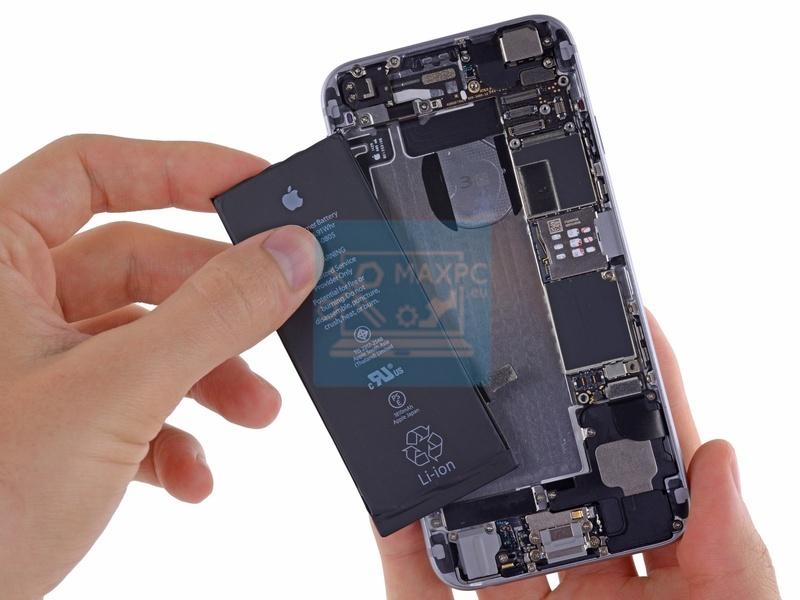 Смяна на батерия на телефон
